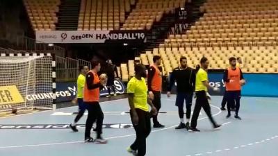 L'EN de Handball effectue une séance d'entrainement en prévision du match contre la Norvège