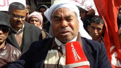 Marche protestataire de certains habitants de Skhira devant le gouvernorat de Sfax