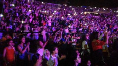 Nidhal Saadi sur la scène du festival International de Bizerte