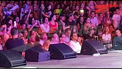 الشاهد يغني في قرطاج