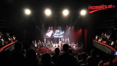 Hymne National improvisé par Mohamed Ali Kammoun à L'Olympia