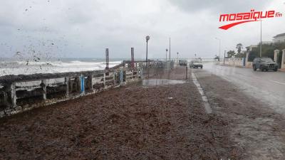 Effondrement d'une partie de la clôture de la corniche de Bizerte
