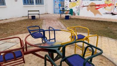 تهيئة الفضاء الخارجي وتركيز ألعاب بقسم الأطفال بمستشفى القصرين