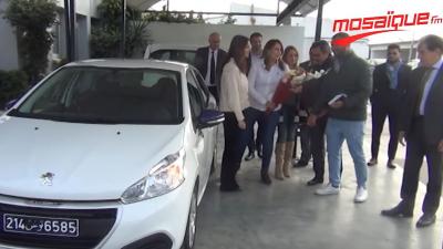 Peugeot Tunisie : remise de la voiture populaire numéro 1000