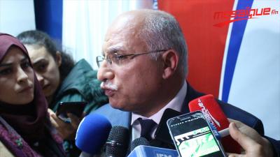 الهاروني: الأجدر تحييد وزارة التربية لا تكنولوجيا الاتصال