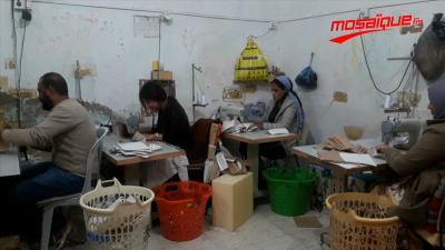 توزر: صاحب مشروع يتكفل بصنع وتوزيع الكمامات مجاناً