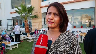 عيد المرأة: الوزيرة تكرم أمهات بمركز رعاية المسنين