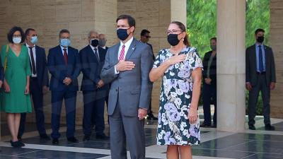 وزيرالدفاع الأمريكي:ندعم تونس لحماية موانئها البحرية وحدودها البرية ضد الإرهاب