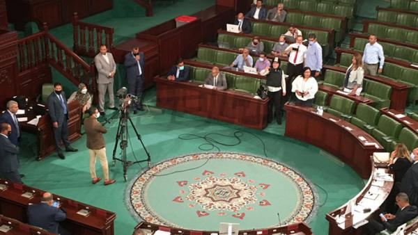 Abir Moussi scande ''Dégage'' à l'encontre du ministre de l'Industrie