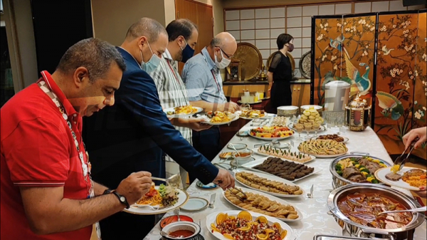 L'ambassadeur de Tunisie au Japon organise une réception pour les journalistes et le staff médical tunisien