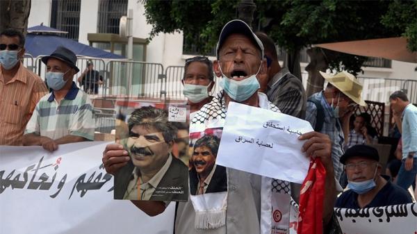 وقفة احتجاجية للمطالبة بكشف حقيقة اغتيال بلعيد والبراهمي