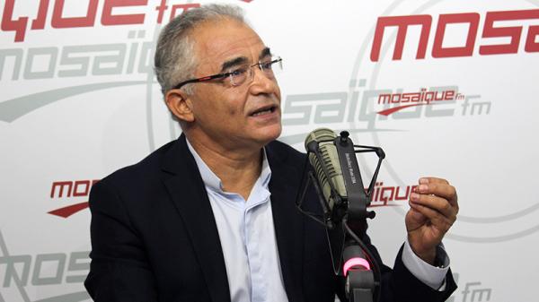 محسن مرزوق:''المنجل وحلّ في القلة.. وخايف لا تتكسّر''