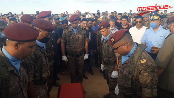 تشيع جثمان شهيد الواجب الوكيل بالجيش الوطني محمد بن صالح