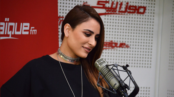 Asma Othmani : J'ai été surprise de voir ma photo sur le poster officiel du Festival de la radio et de la télévision arabe