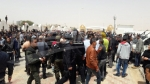 تطاوين:فشل المفاوضات مع الشاهد واحتجاجات عارمة ترافق مغادرته الإجتماع