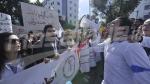 Les étudiants en médecine protestent devant le ministère de la Santé