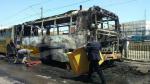 حافلة تشتعل بالكامل في برشلونة