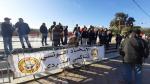 سواق التاكسي يحتجون ضد 'التاكسي سكوتور 'أمام البرلمان
